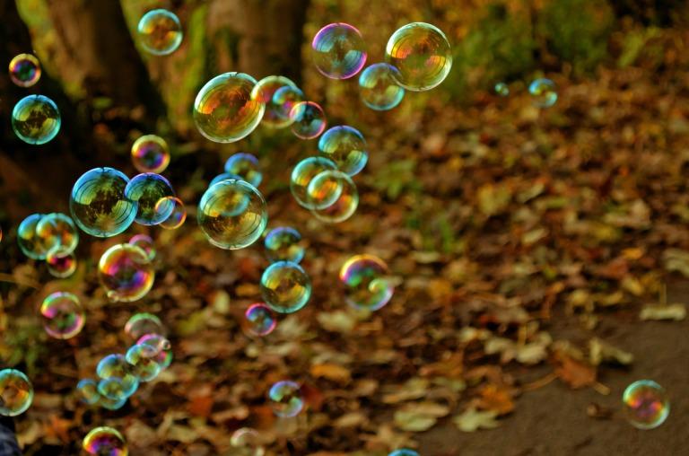 bubbles-1352653961gNu